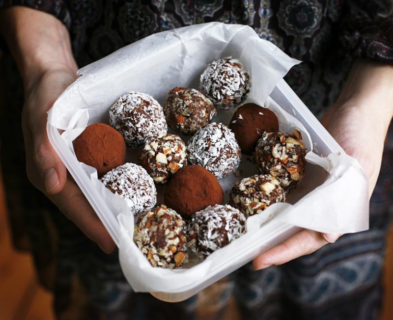 Choco-Almond Sweets