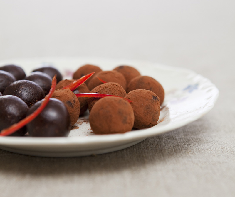 Green Kitchen Stories » Chili & Chocolate Truffles