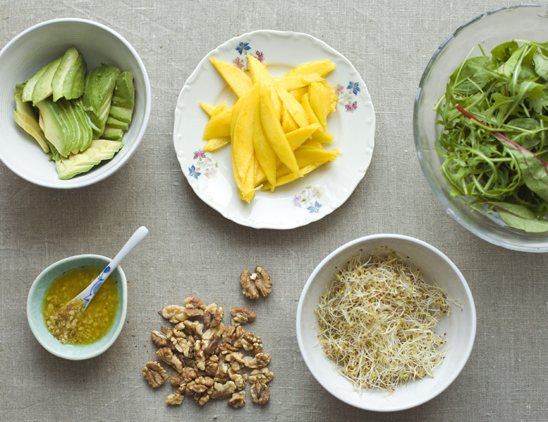 Mango & Walnut Salad
