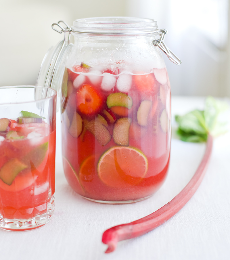 Rhubarb & Strawberry Lemonade