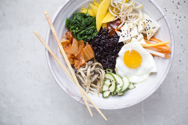 Bibimbap with tofu & pickled vegetables