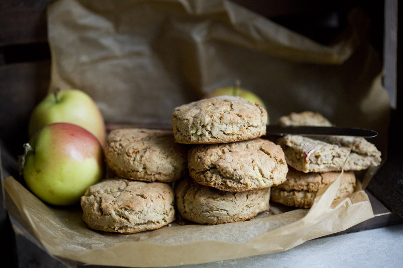 Apple & Oat Biscuits – Vegan & GF