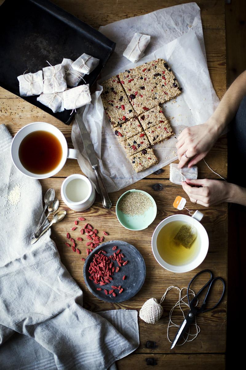 Green Kitchen Stories » Sesame_bars_2