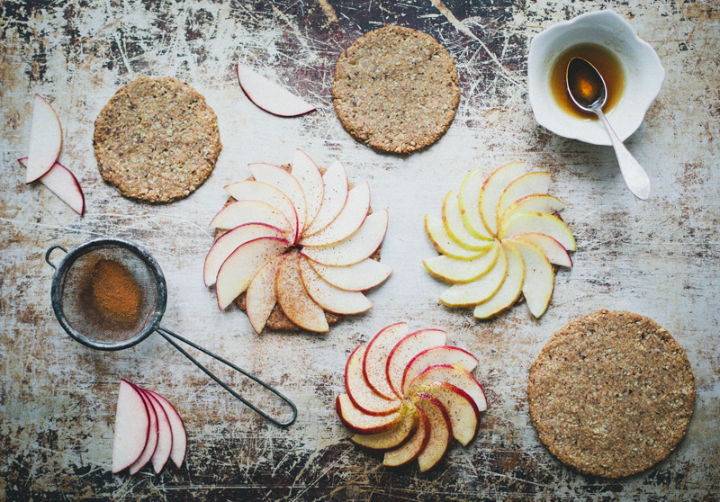 Vegan Apple & Oat Tartlets + Giveaway