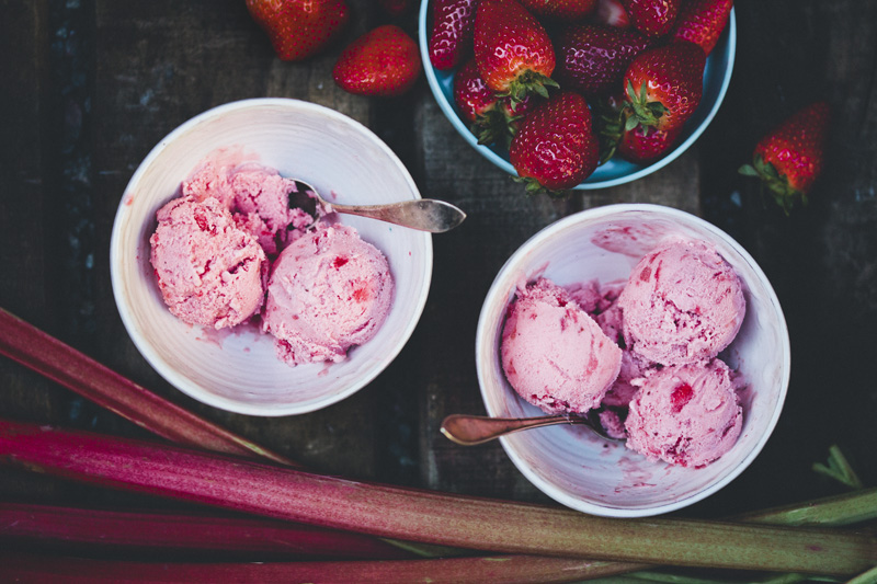 Rhubarb & Strawberry Frozen Yogurt