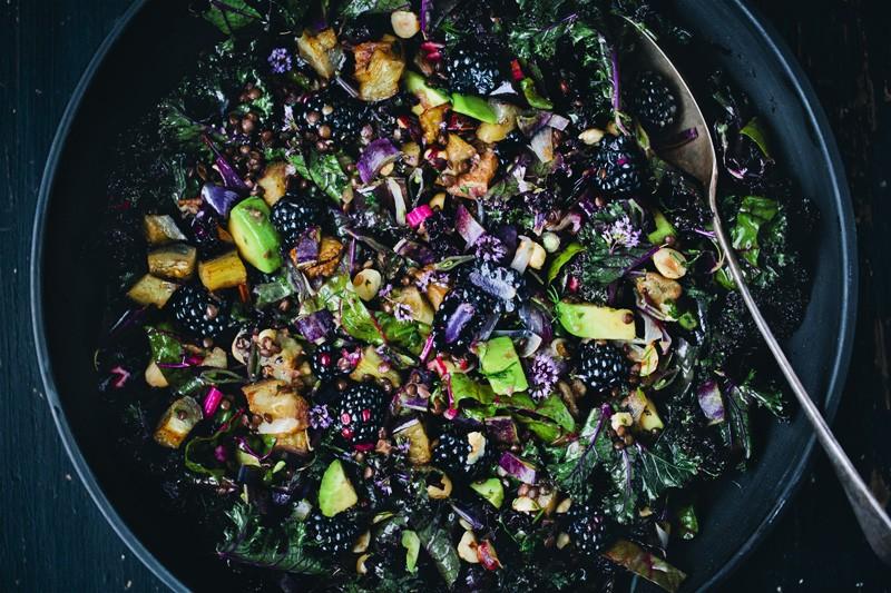 Purple_kale_salad_1