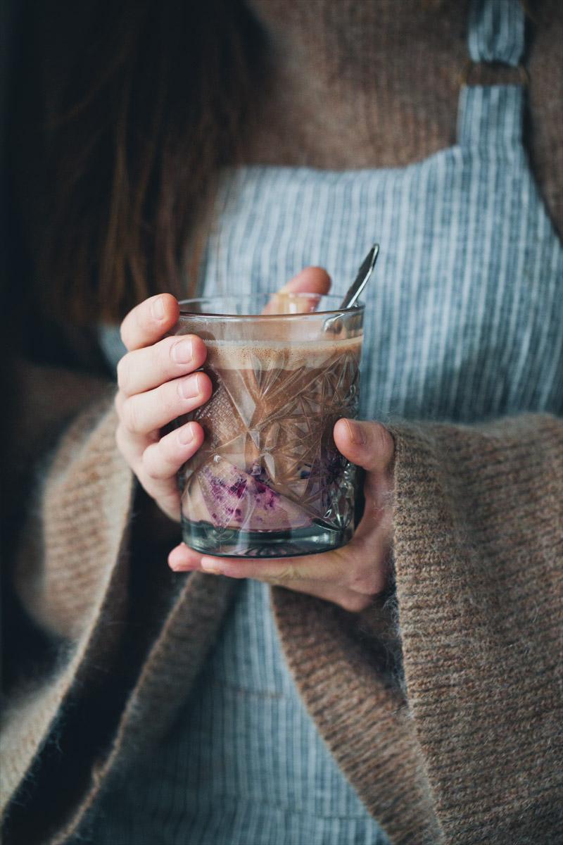 Green Kitchen Stories » Gks_hot_chocolate_4