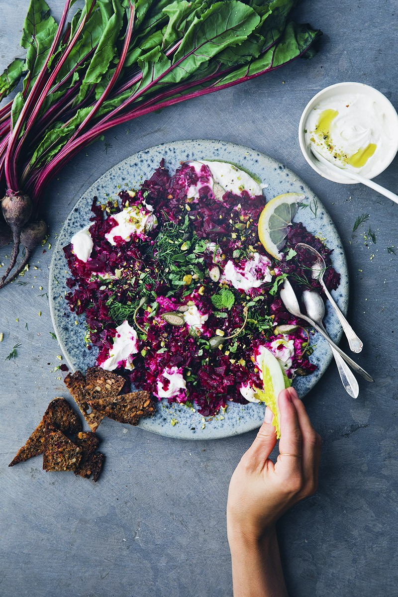 Beet_tartar_with_labneh_5
