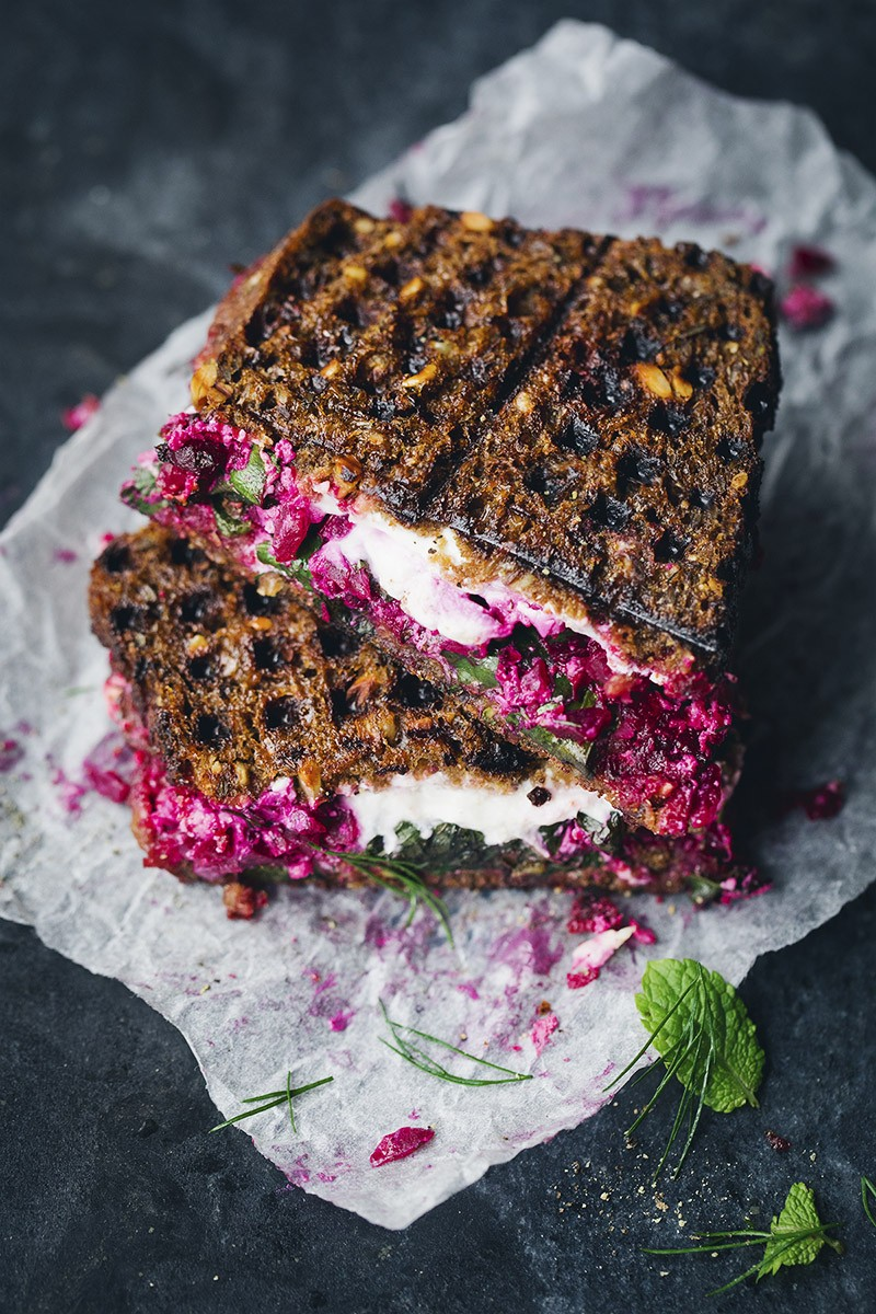 Beet_tartar_with_labneh_7