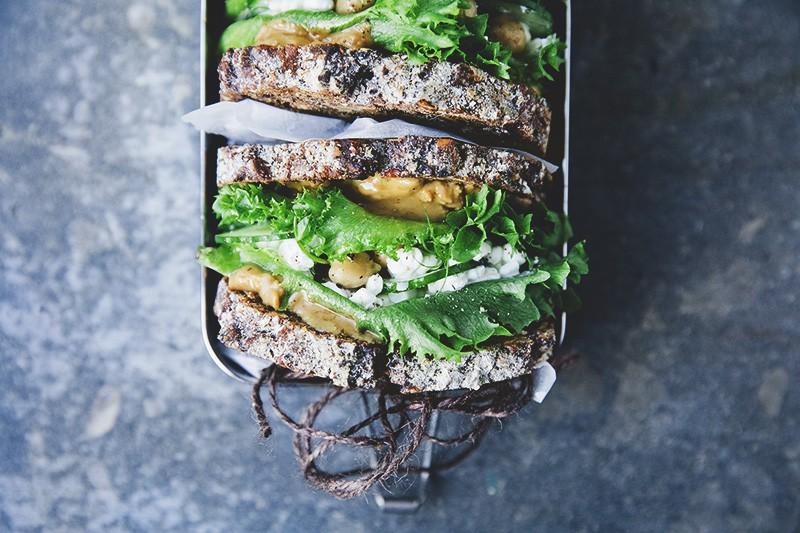 Green_pb_sandwich_smoothie_3