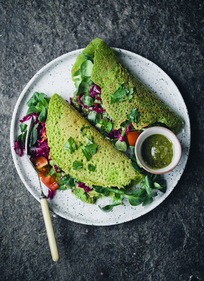 Green_vegan_chickpea_pancake_2